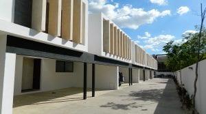 Nuevo y Moderno Townhouse Sin Amueblar en Santa Gertrudis Copó